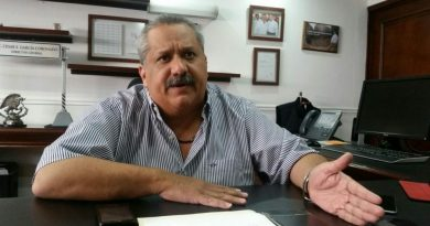 padre de regidora turista pretende dirigir al PRI estatal