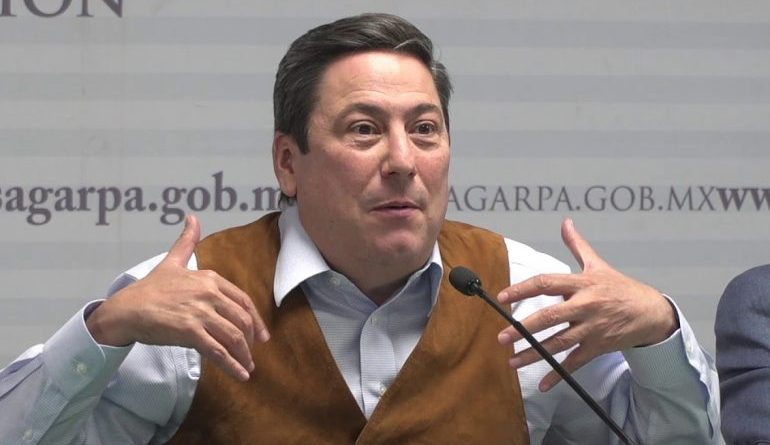 SALE OTRO ADEUDO A BALTAZAR HINOJOSA