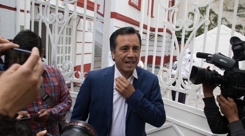 "Gobernador electo de Veracruz pide vigilar ""remates"""