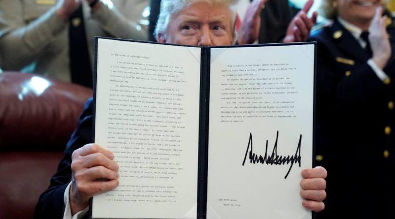 Trump veta rechazo del Congreso a recursos para muro
